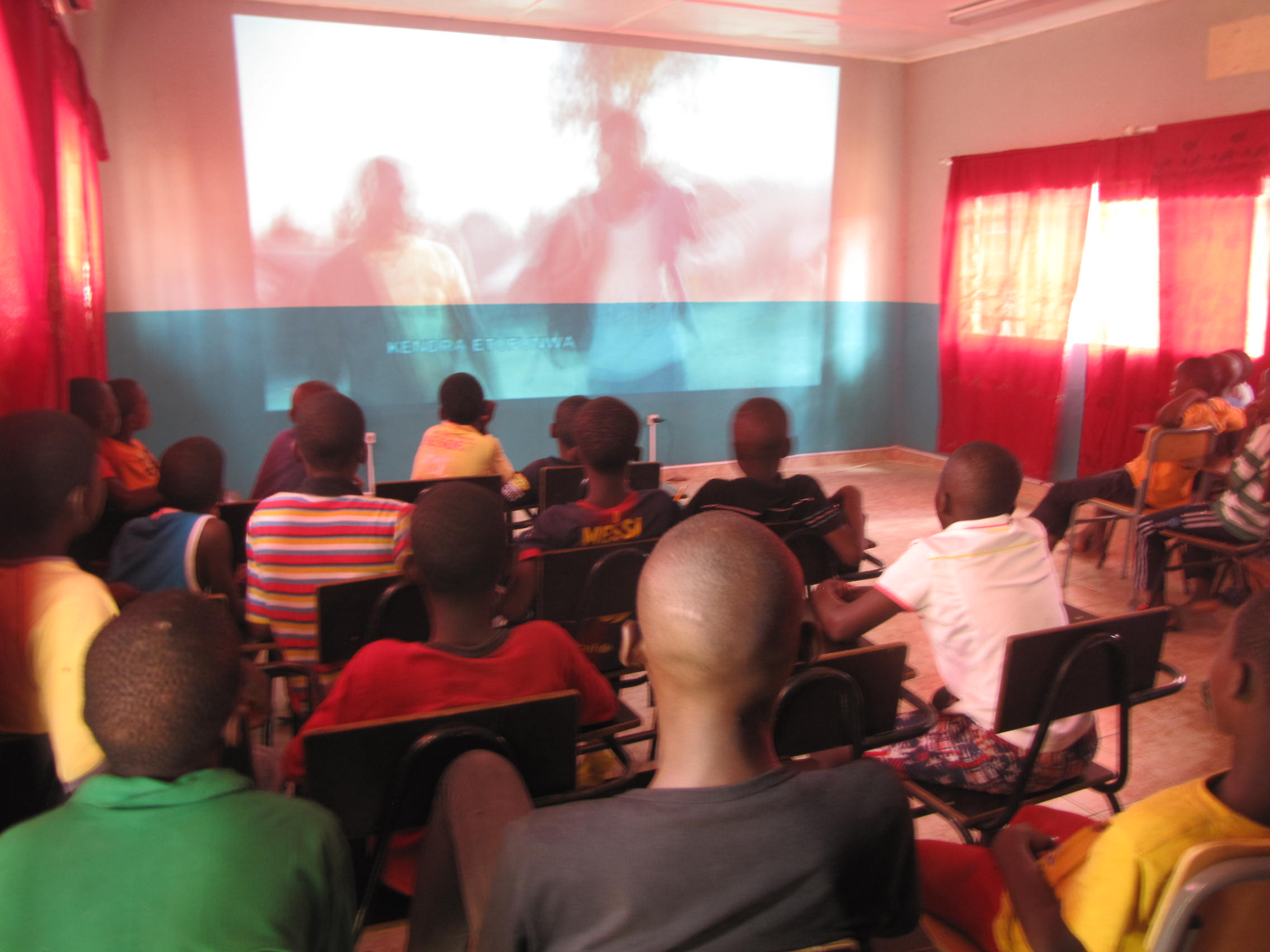 Projection film Luanda