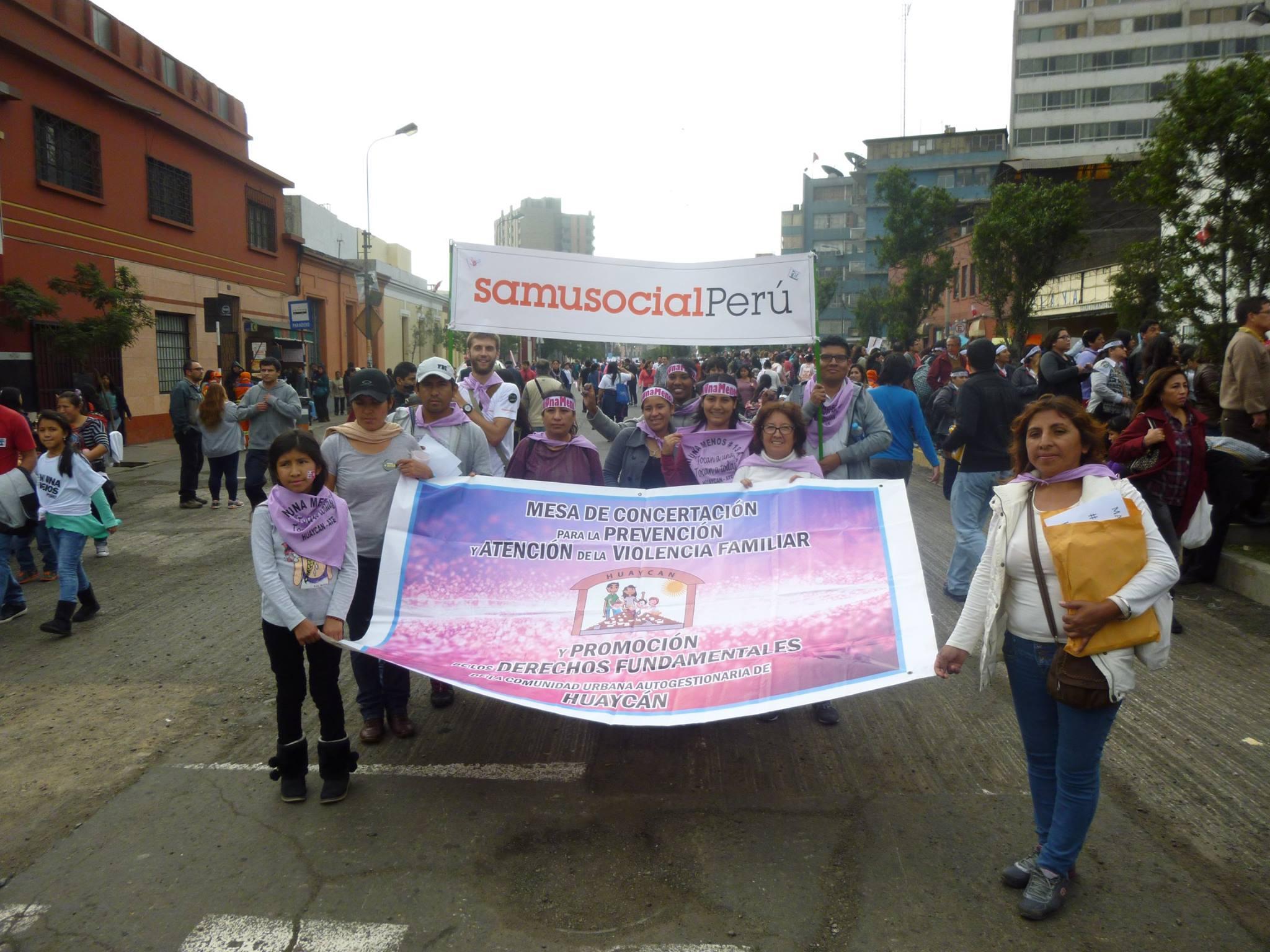 L'équipe du Samusocial Pérou présente à la marche.